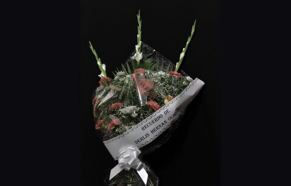 Ramos de flores para entienrros