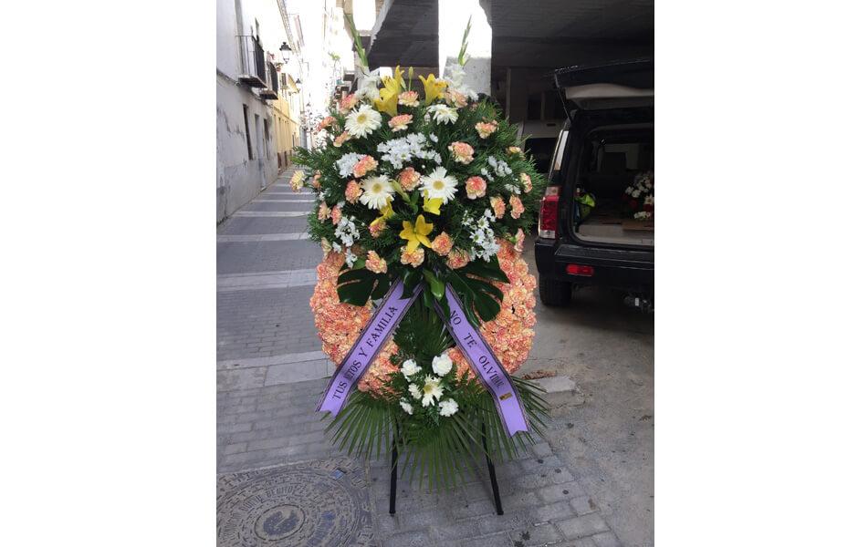 Corona de flores para entierros en granada