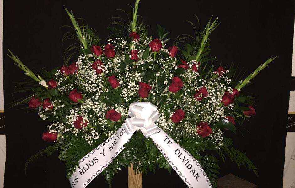 Coronas de flores para funerales en granada