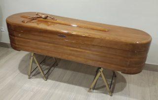 Ataúd o féretro Maderarte redonda- Funeraria Romero